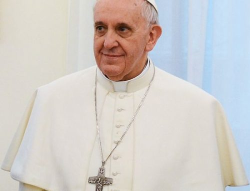 Pope writes Christmas letter to Middle East's persecuted Christians