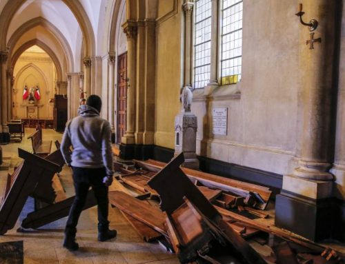 Santiago, Chile – Catholics gather to pray and make reparation in a desecrated and ransacked church